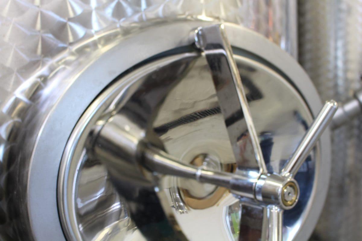 Barrelling TIdes Distillery